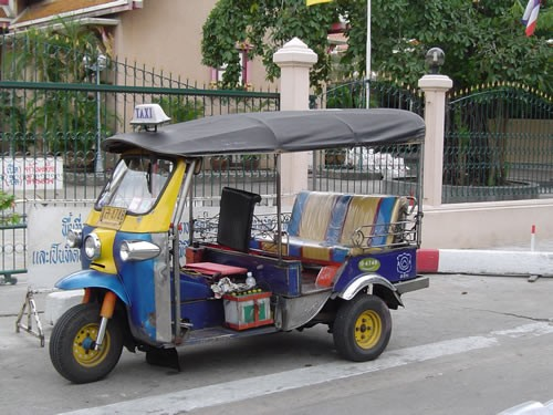 tuktuk500x375.jpg