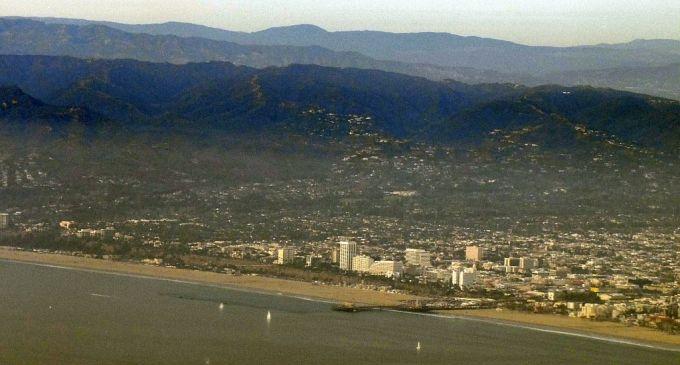 Santa_Monica_Pier.thumb.jpg.53c3467481d2
