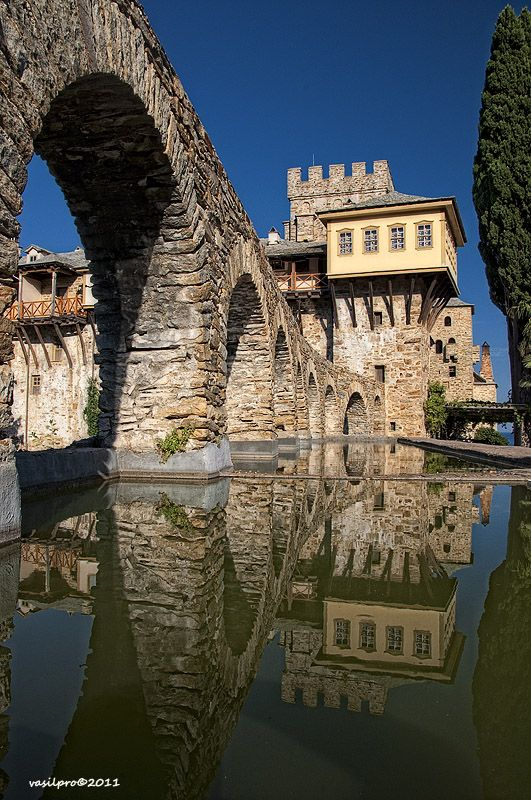 Monastery Stavronikita.jpg