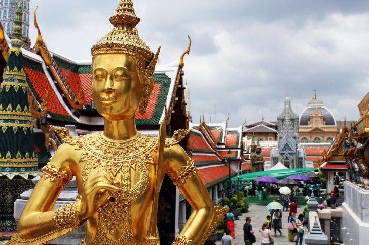 Bangkok-tourist-attractions-grand-palace-728x485.jpg