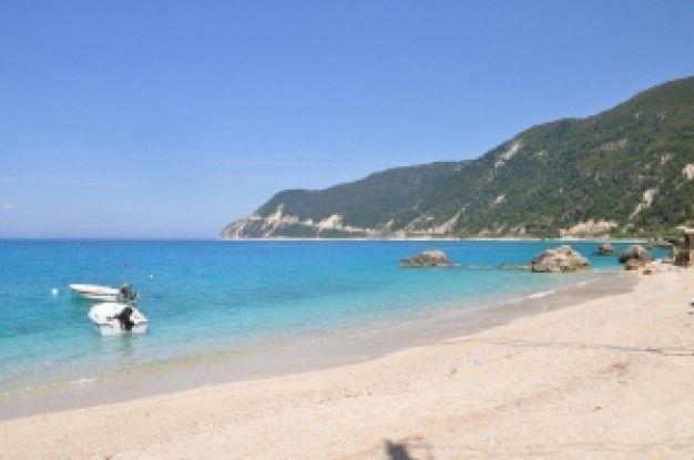 agios-nikitas-beach_21354860.jpg